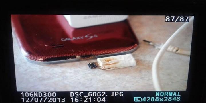 Samsung Galaxy S4 bruciato