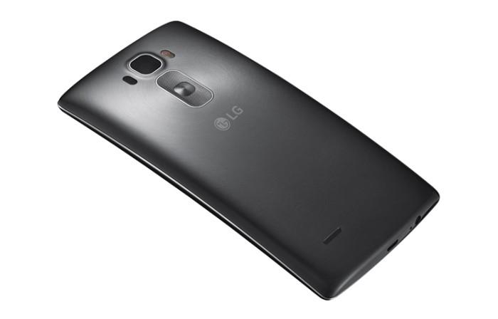 LG-G-Flex-2-il-nuovo-smartphone-curvo-anche-con-Tim,-Wind-e-Vodafone-3