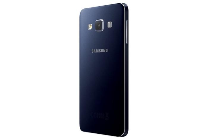 Samsung-Galaxy-A3-eleganza-e-prestazioni-anche-con-Postemobile-3
