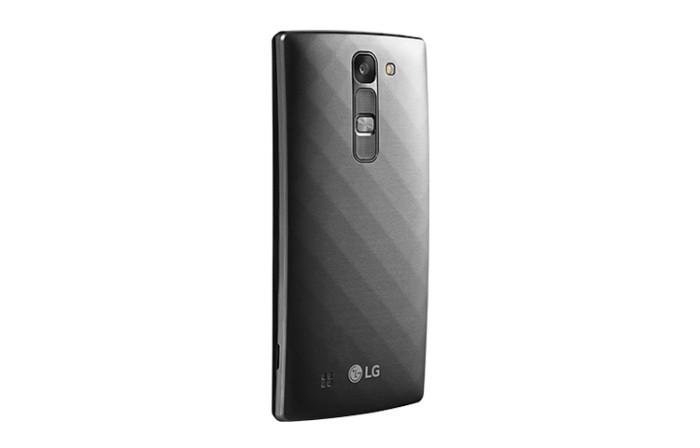 LG-G4c-il-mid-range-minimalista-anche-con-Tre-3