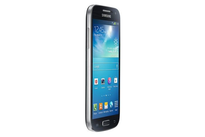 Samsung-Galaxy-S4-Mini-ecco-le-nuove-proposte-di-Tre-e-Vodafone-sul-compatto-dell'azienda-4