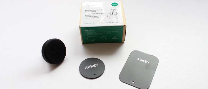 Supporto magnetico auto Aukey in offerta speciale su Amazon.