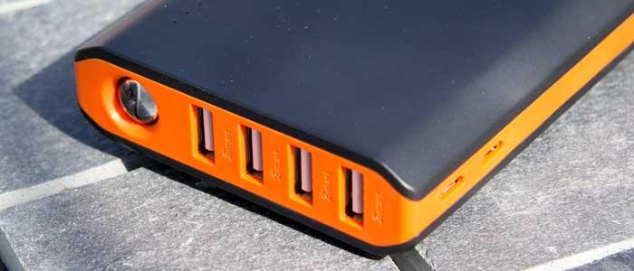 EasyAcc 20000mAh - Caricabatterie portatile 4 porte