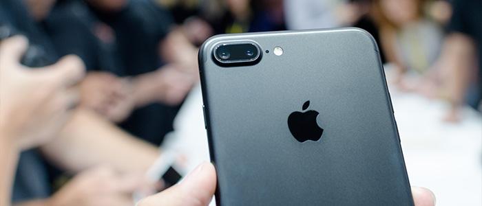 iPhone 7: ecco le 7 novità che Apple ha copiato dagli smartphone Android
