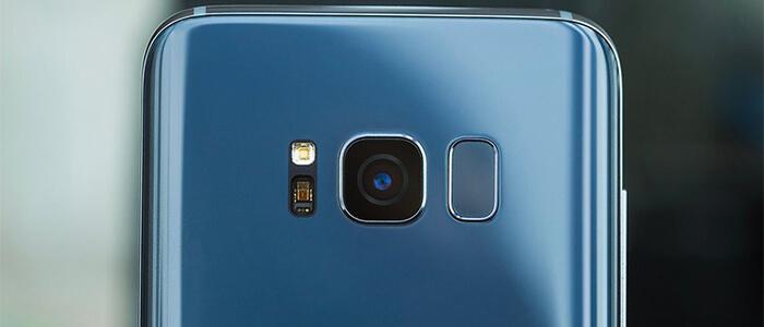Samsung Galaxy S8 smartphone cinesi
