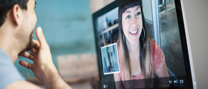 Facebook dispositivo video chat smart speaker stand-alone