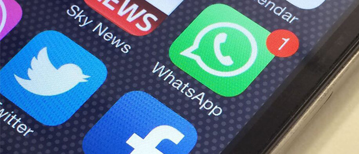 WhatsApp elimina per tutti