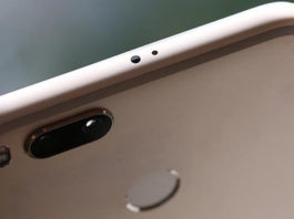 Xiaomi Mi 6X cover render