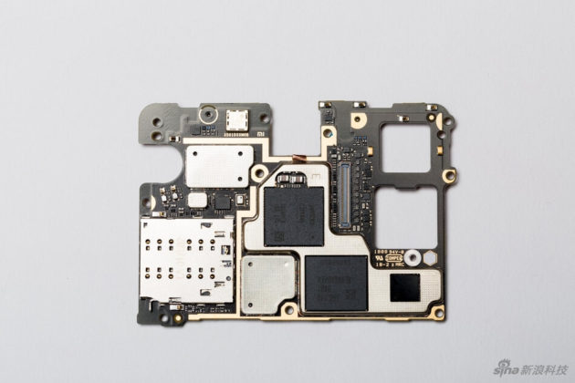 Xiaomi Mi MIX 2S teardown