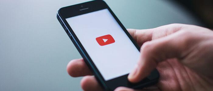Come disattivare riproduzione automatica video app YouTube
