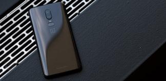 Come personalizzare barra di stato OnePlus 6