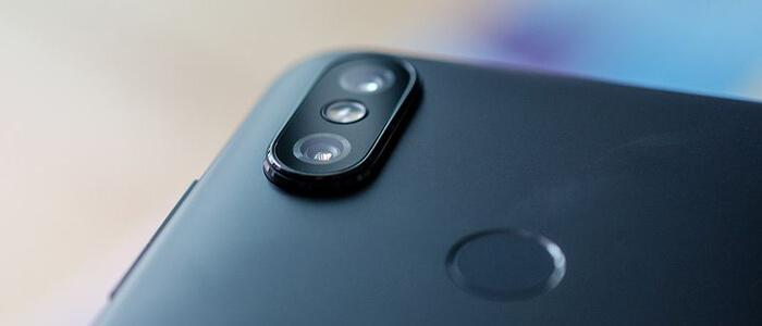 Doppia lente per la fotocamera posteriore